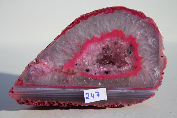 Rote Achat Geode Single 221g